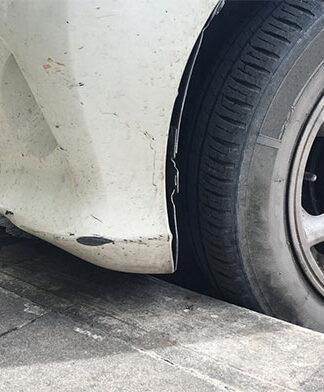 Usuwanie trudnych zabrudzeń z lakieru samochodowego